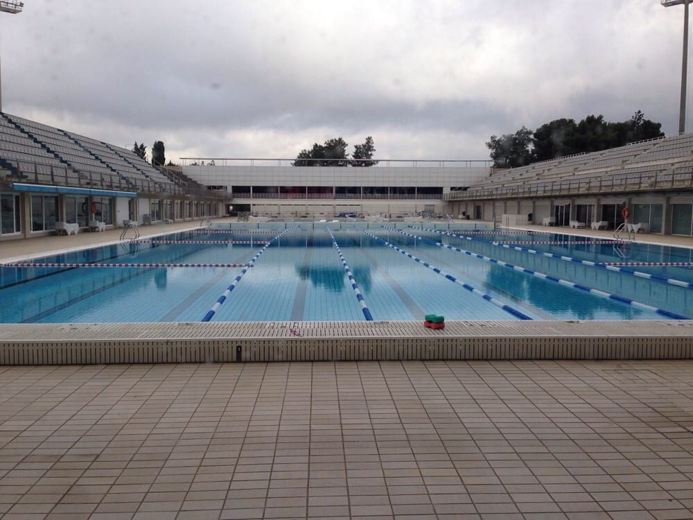 Outdoor olympic pool yelp for Piscines picornell