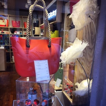 o bag factory accessoires 2 rue baronie esquirol toulouse france num ro de t l phone yelp. Black Bedroom Furniture Sets. Home Design Ideas