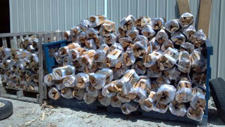 Deckers Services: 1300 Cr A, Port Washington, WI