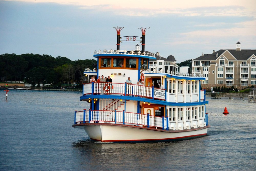 The River Belle Sightseeing & Dinner Cruise Boat: 47 Broadway, Point Pleasant Beach, NJ