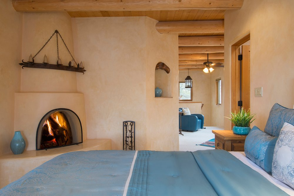 Fridays Off In Santa Fe, Vacation Rentals & Property Management: 1210 Luisa St, Santa Fe, NM