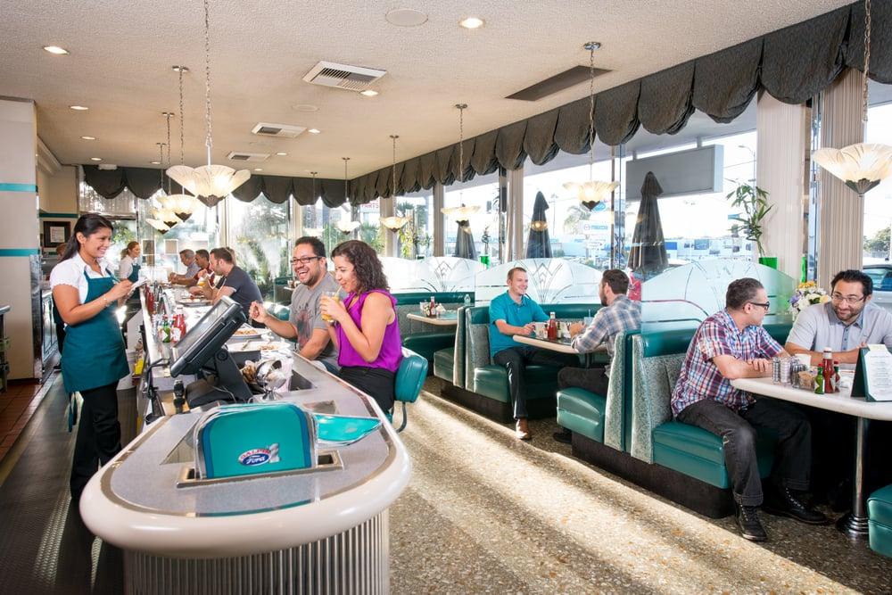 Horseless Carriage Restaurant