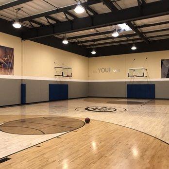 24 Hour Fitness San Bernardino 32 Photos 54 Reviews Gyms