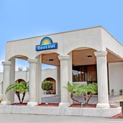 Days Inn Suites By Wyndham Clermont 19 Photos 16 Reviews