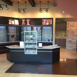 Eye To Eye Vision Center Eyewear Opticians 2144 Garden State