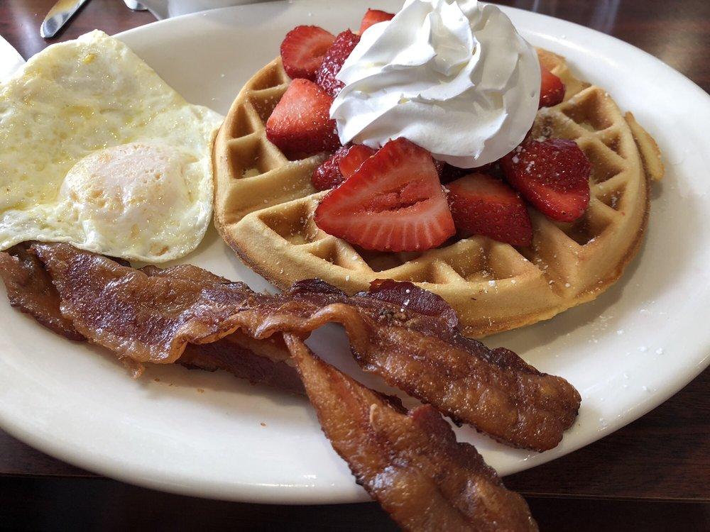 The Best Breakfast Cafe: 5141 Saviers Rd, Oxnard, CA