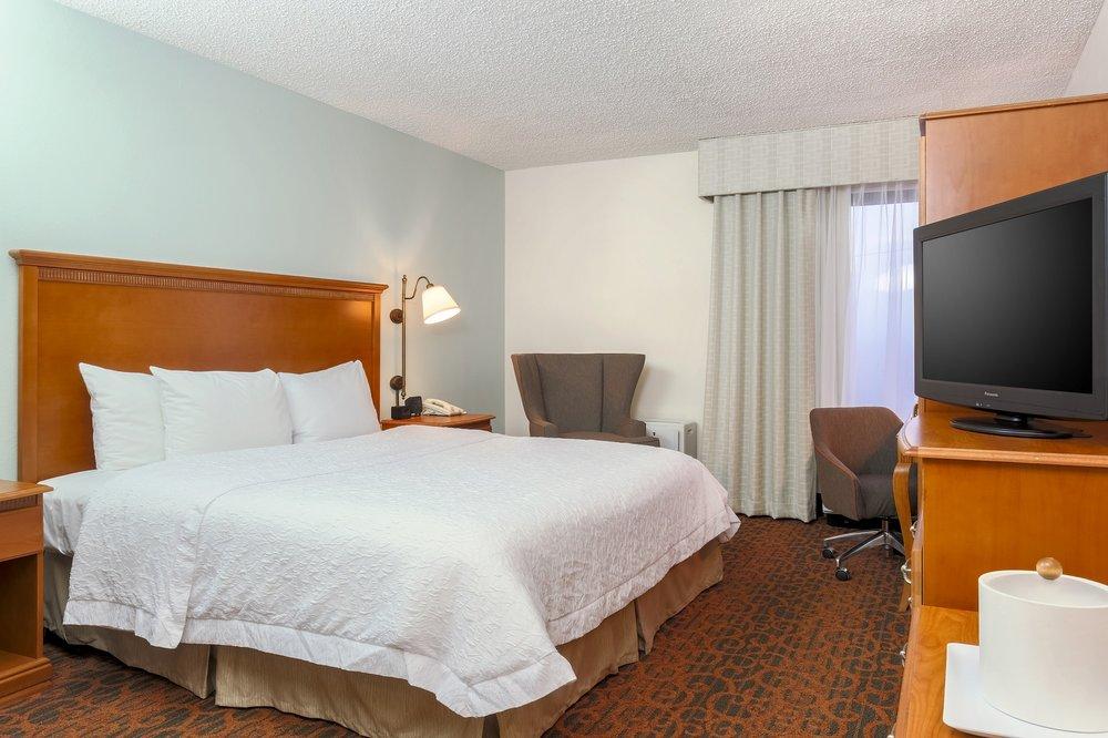 Hampton Inn Laredo: 7903 San Dario, Laredo, TX