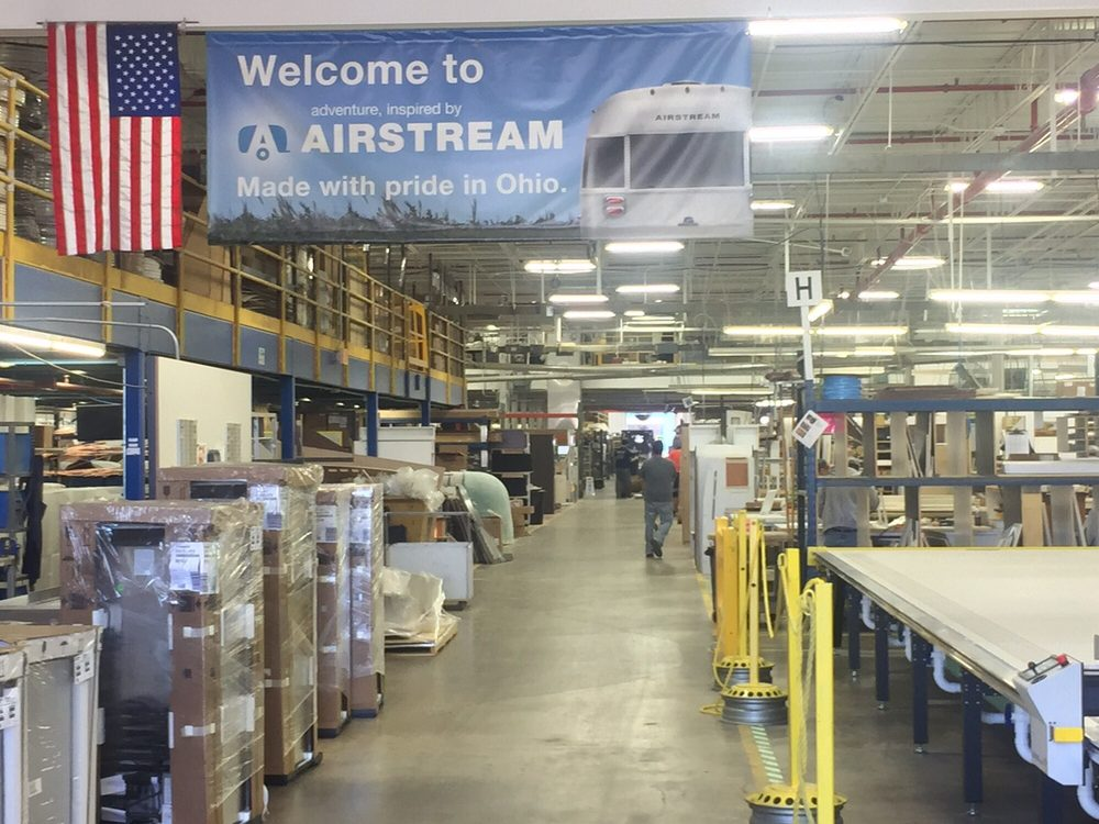 Airstream: 419 W Pike St, Jackson Center, OH