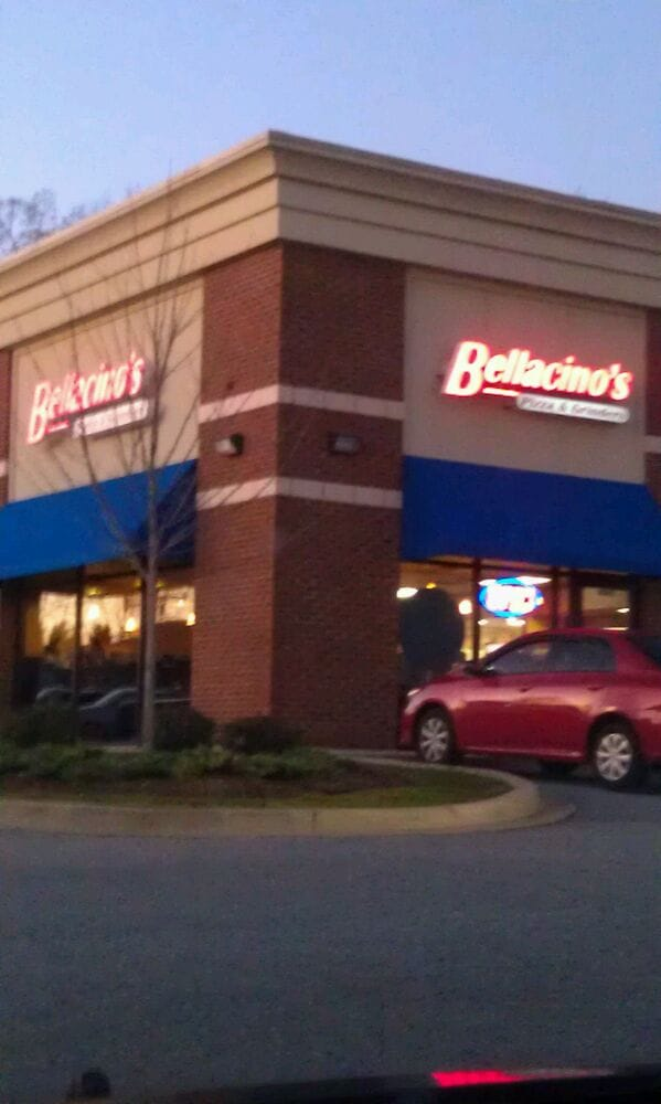 Bellacino's Pizza & Grinders: 601 Williams Ave, Easley, SC