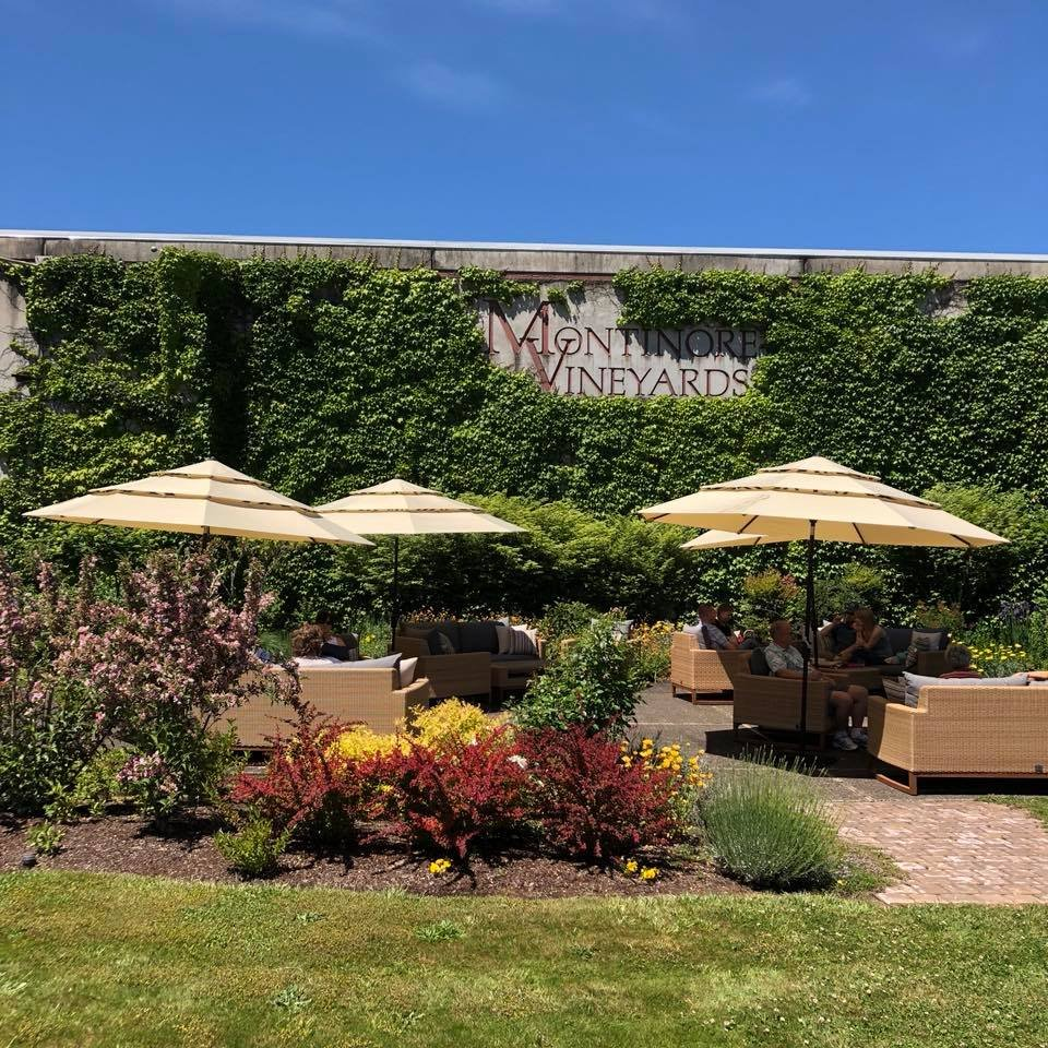 Social Spots from Montinore Estate