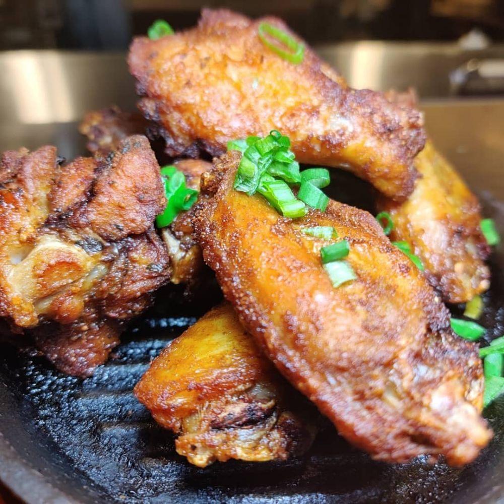 The Flying Pig Restaurant & Bar
