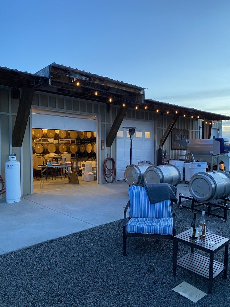 Ducleaux Cellars: 54211 Turbyne Rd, Milton-Freewater, OR