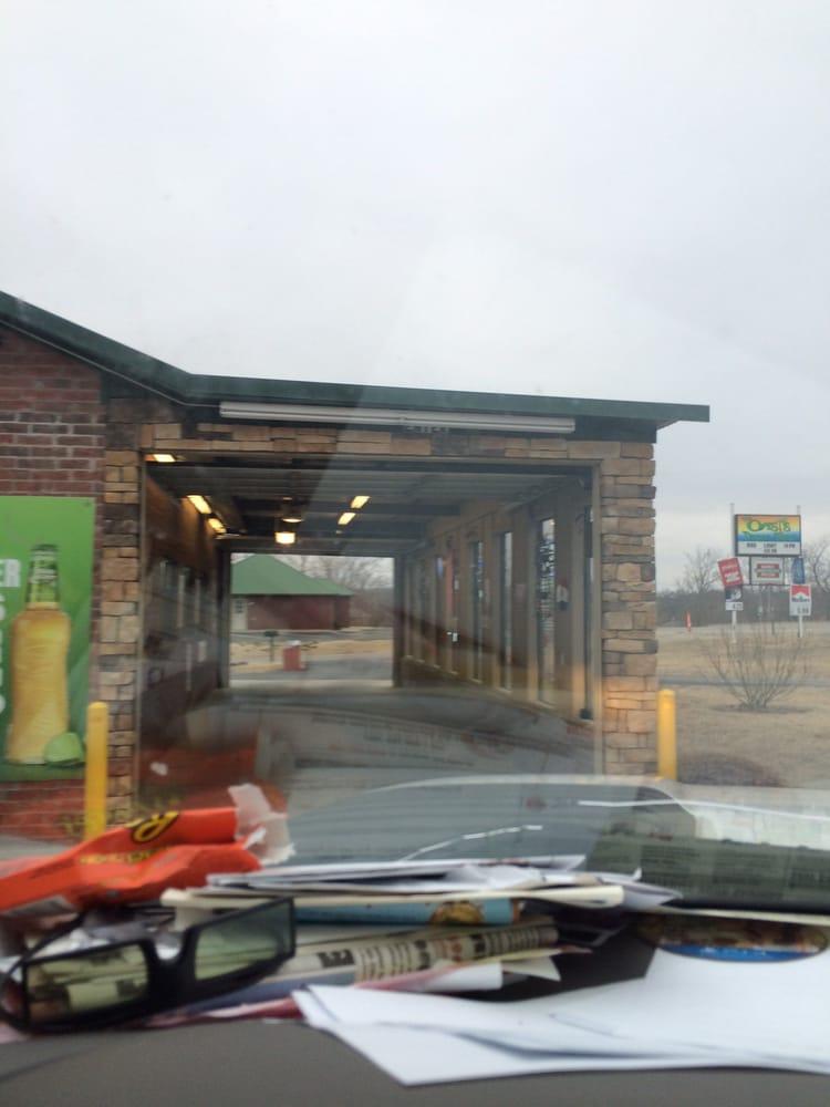 Oasis Drive - Thru: 216 W Hwy 62, Blanchard, OK