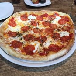 California Pizza Kitchen Pepperoni Pizza california pizza kitchen - 20 photos - pizza - paseo de la reforma