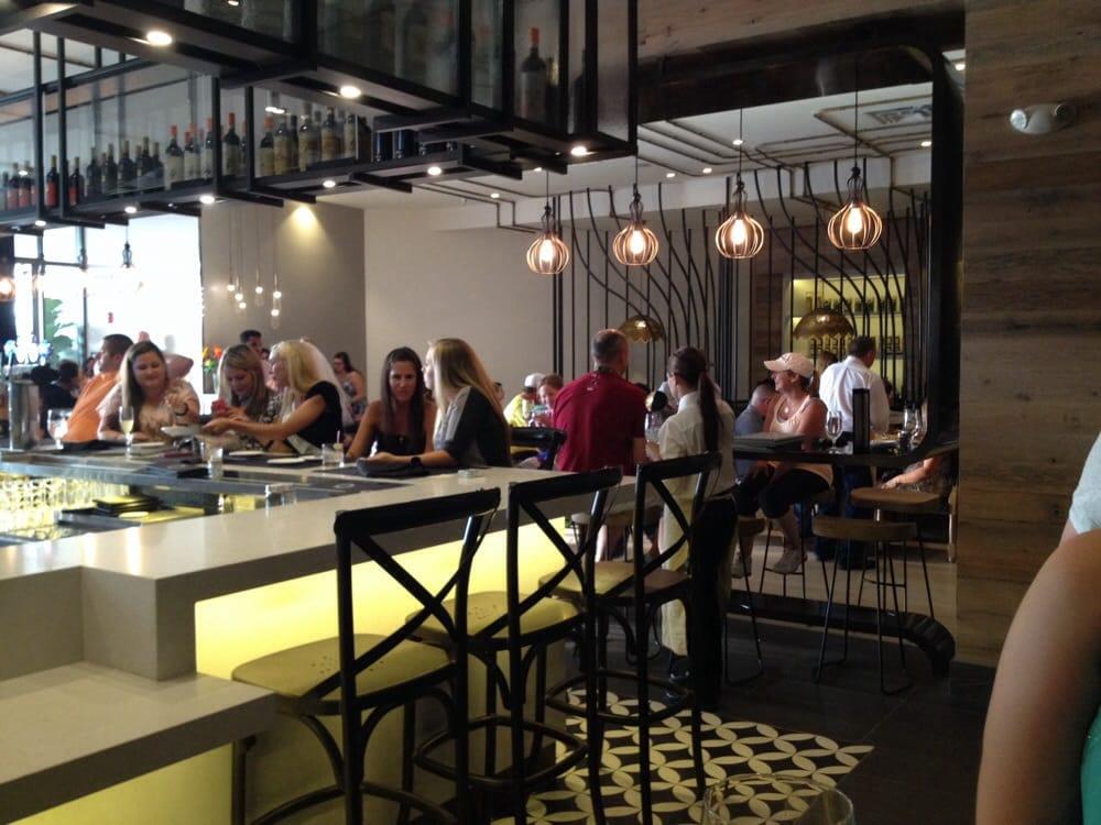 Bar dining area yelp for Vivo italian kitchen