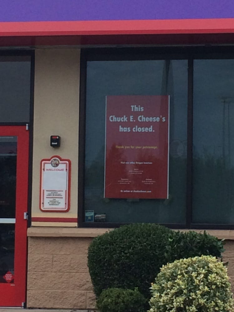 Auto Services Near Me >> Chuck E Cheese's - CLOSED - 10 Photos - Pizza - 3000 Gateway St, Springfield, OR - Restaurant ...