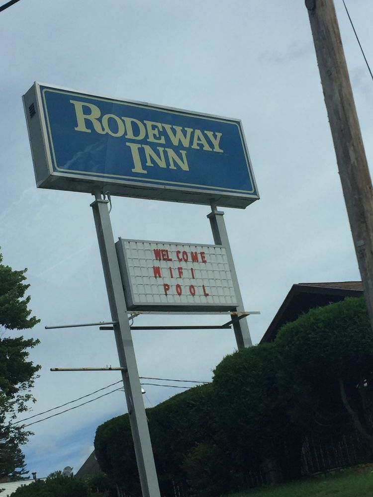 Rodeway Inn Closed Hotels 340 Whittier Hwy Route 25 Moultonborough Nh Phone Number Yelp