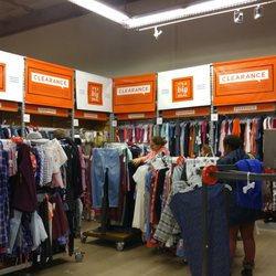 7edea184a7 Old Navy - Men's Clothing - 755 State Rt 18, East Brunswick, NJ - Phone  Number - Yelp