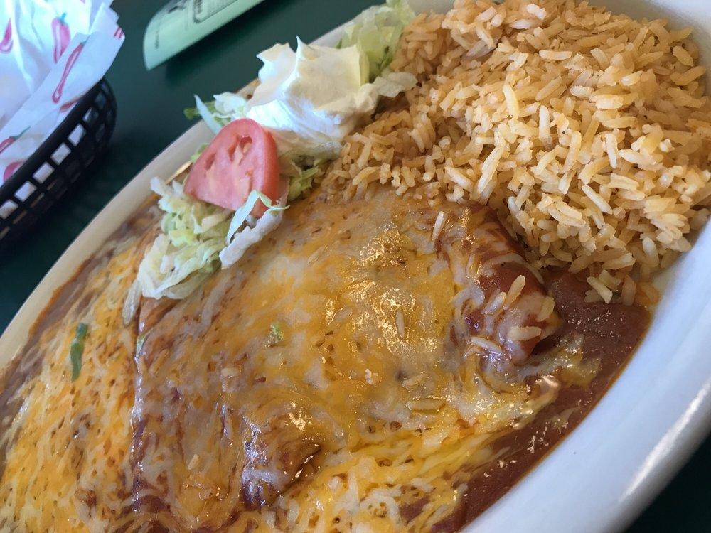 Las Maracas Mexican Restaurant: 700 Willapa Pl, Raymond, WA