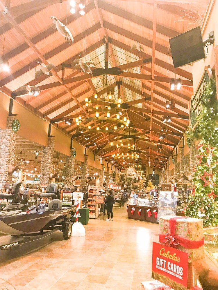 Cabela's: 12703 Westport Pkwy, La Vista, NE