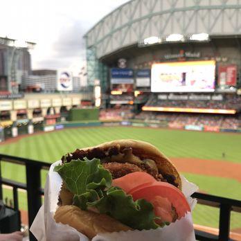 Shake Shack 30 Photos 31 Reviews Burgers 501 Crawford St