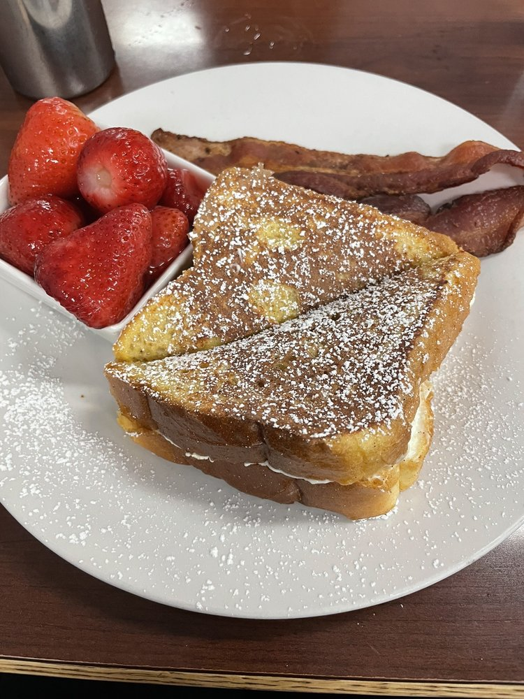 Hometown Cafe: 1081 Solano St, Corning, CA