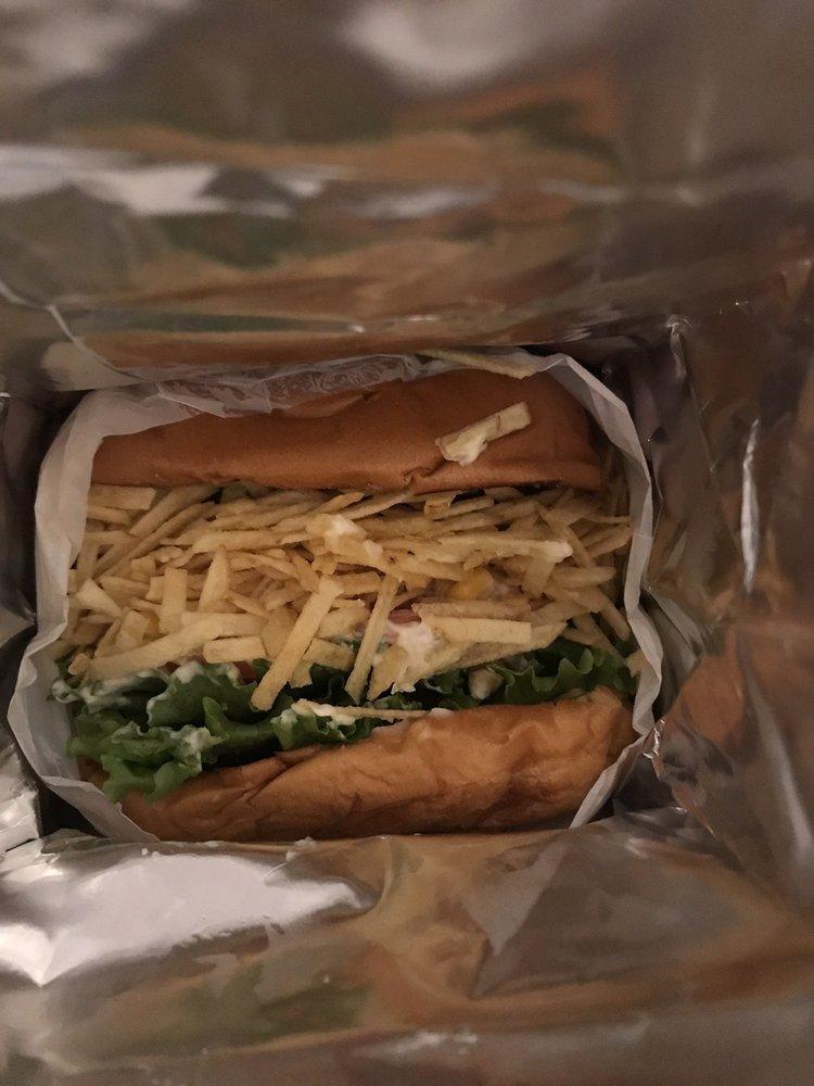 Marao Burgers Framingham