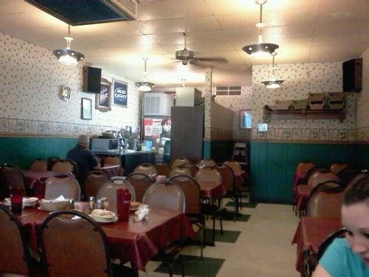 Detroit beach restaurant pizzeria 28 recensioner for Cuisine 1300 monroe mi