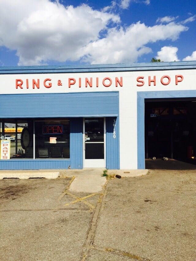 Ring and pinion shop r paration auto 36180 groesbeck for Deal motors clinton hwy