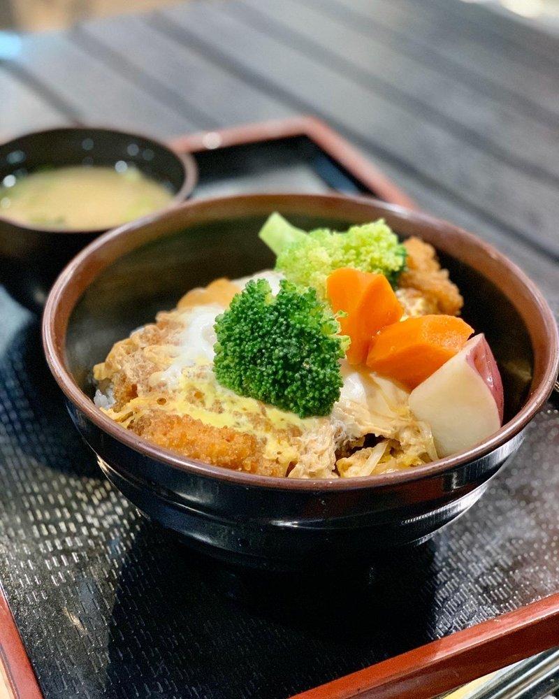 Food from Donburi Cafè