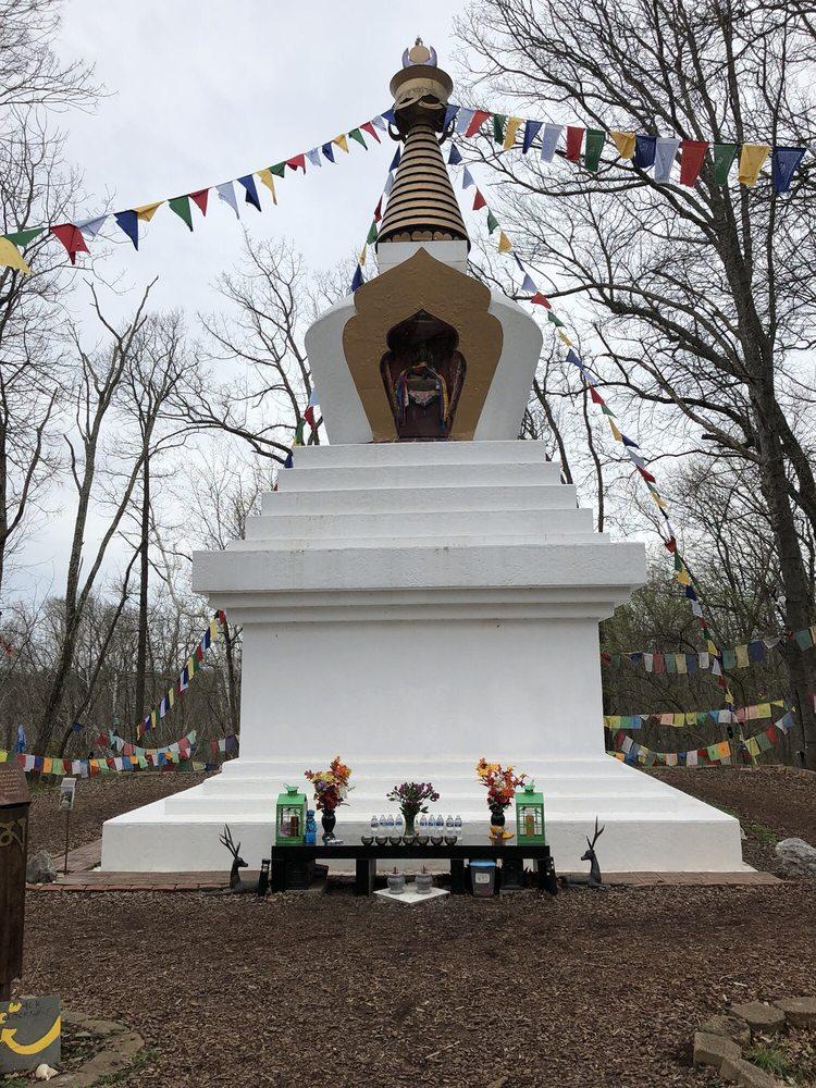 Kunzang Odsal Palyul Changchub Choling: 18400 River Rd, Poolesville, MD