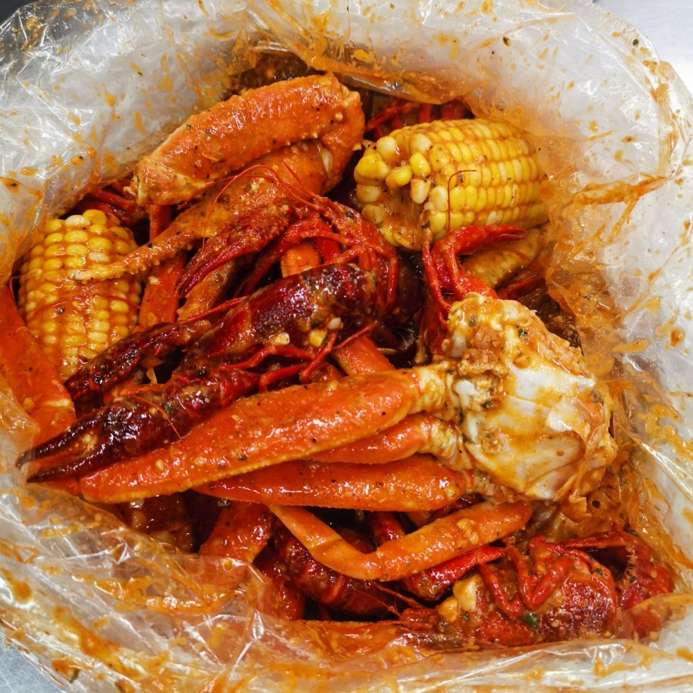 Food from Crazy Crab