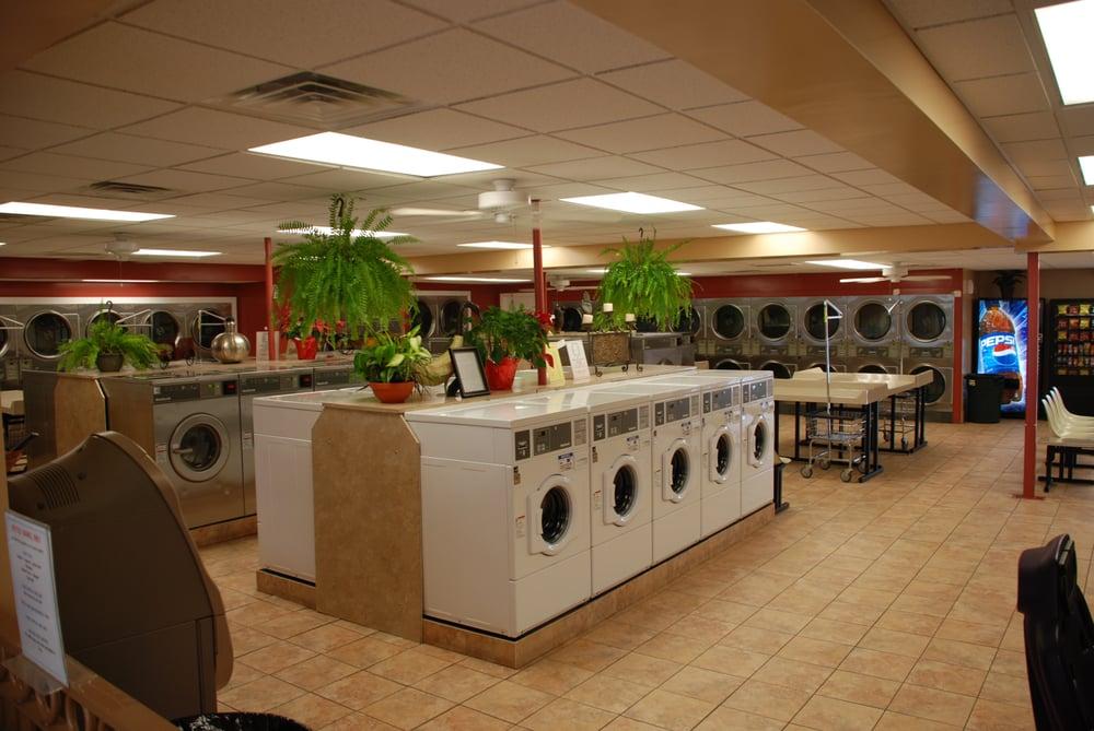 Sunset Laundry: 456 Prospect St, Methuen, MA