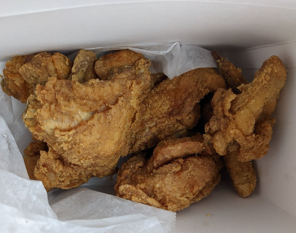Blakely Chicken: 212 N Main St, Blakely, GA