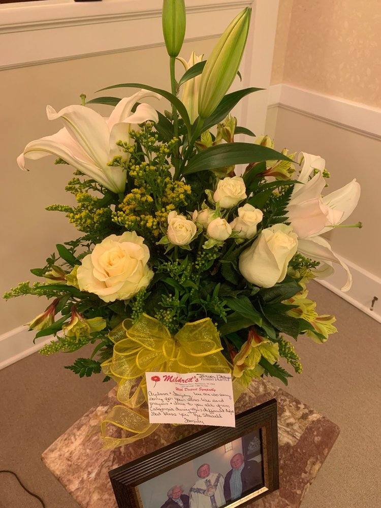 Mildred's Florist: 3767 W Andrew Johnson Hwy, Morristown, TN