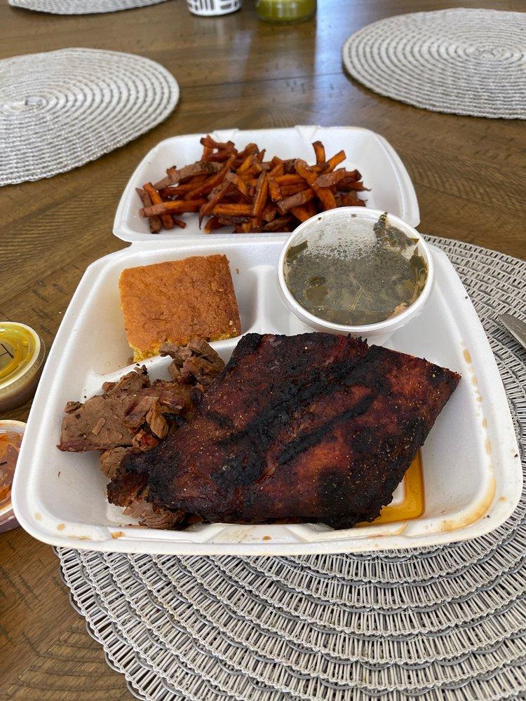Redd's Smokehouse BBQ: 4890 Carlisle Pike, Mechanicsburg, PA