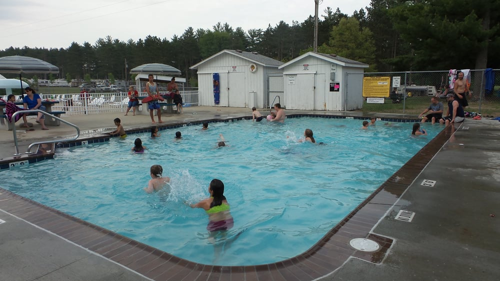Eby's Pines RV Park & Campground: 14583 State Rd, Bristol, IN