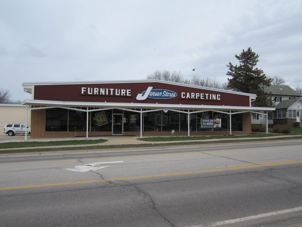 Jensen Stores: 1331 Central Ave, Estherville, IA