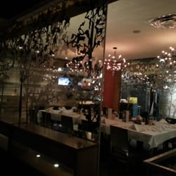 Milestones Restaurants - CLOSED - 93 Photos & 114 Reviews