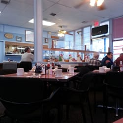 Grammy D S Family Restaurant Closed 44 Reviews Diners 147 N