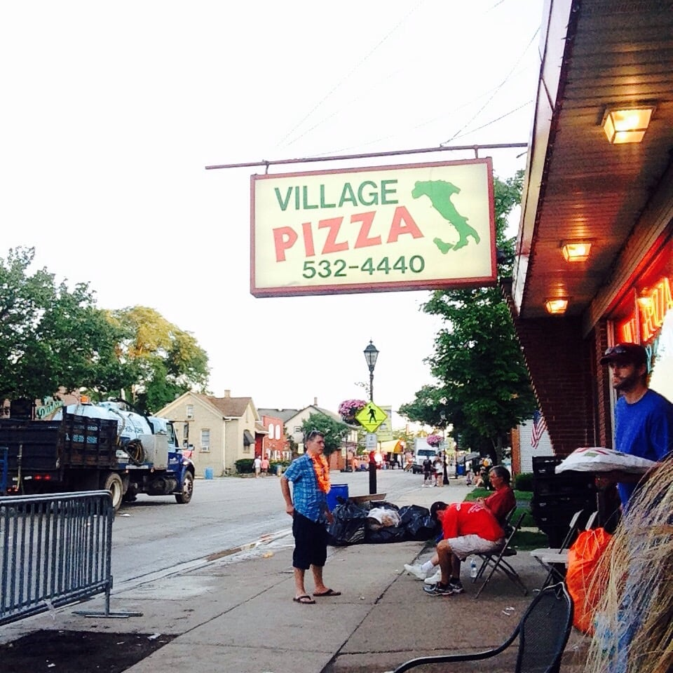 Village Pizza 57 Reviews Pizza 17260 Oak Park Ave Tinley Park IL Uni
