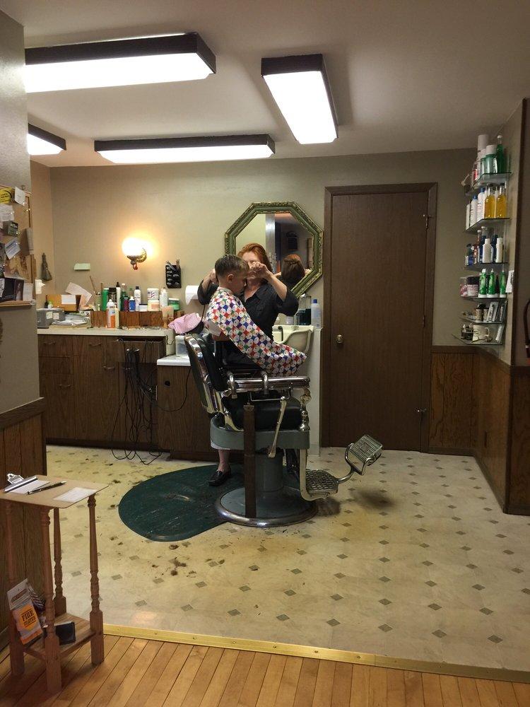 Ann The Barber: 187 S Military Rd, Fond Du Lac, WI