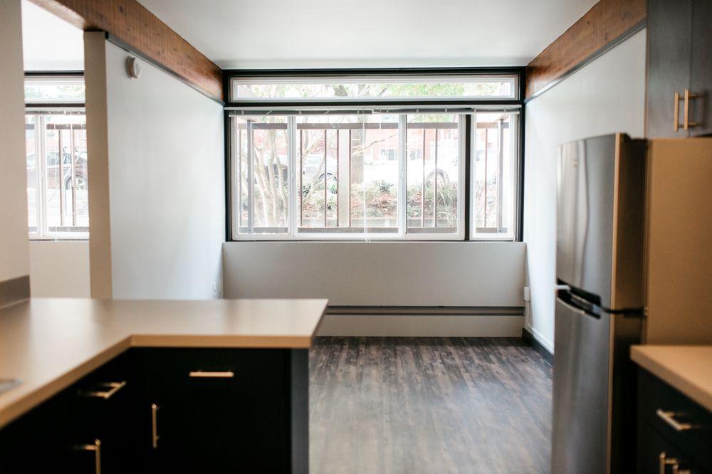 Mod apartments 30 billeder lejligheder 6559 35th ave for Mod apartments seattle