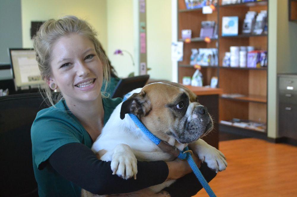 Hôpital pour animaux de compagnie Helen Woodward Animal Center