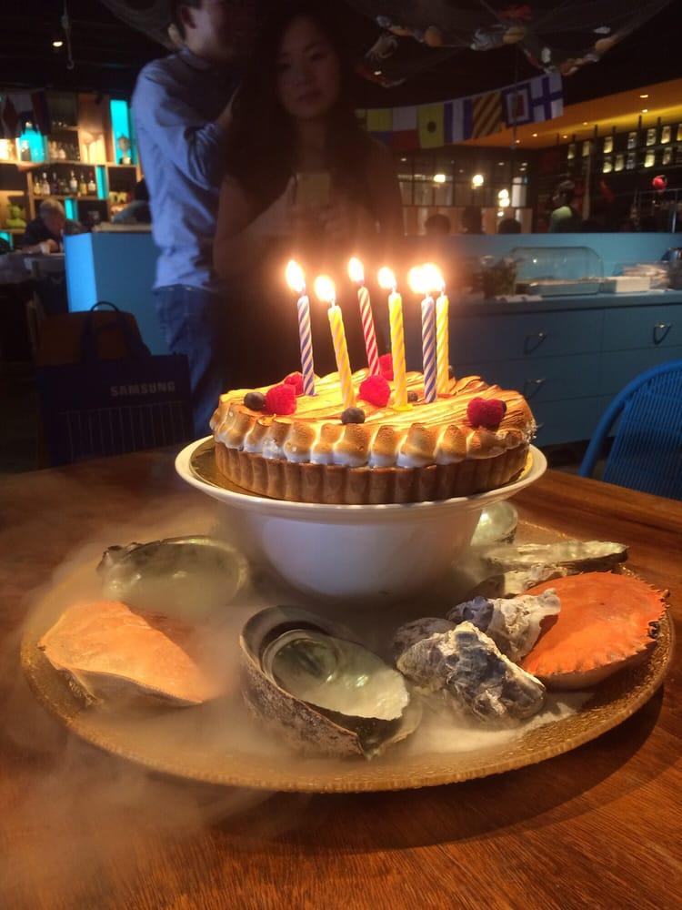 They Serve The Birthday Cake Bakerzin Cake With Crabs Shell Nice
