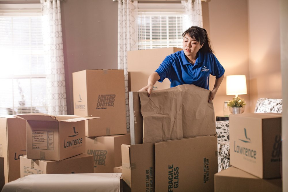 Lawrence Moving: 359 S Oak Ln, Waynesboro, VA