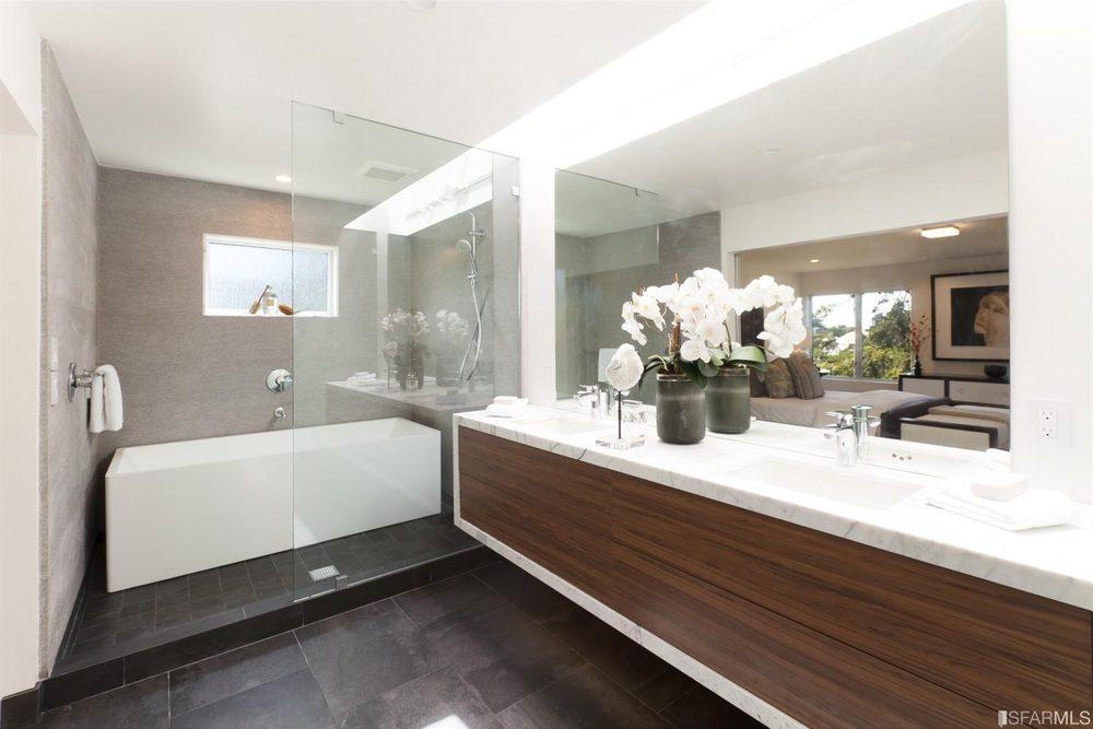 New Art Kitchen & Bath