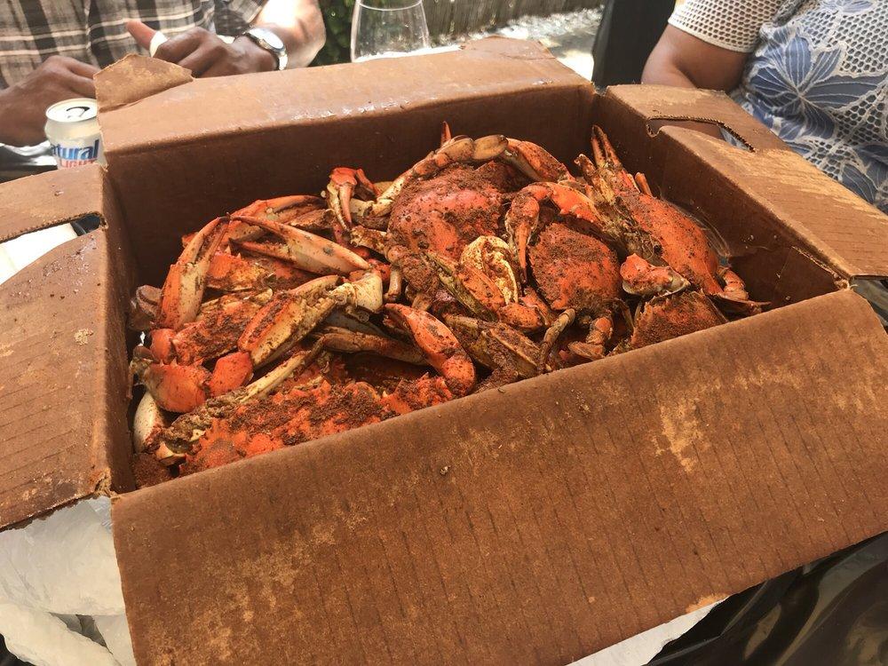 Nottingham Seafood & Produce: 20220 Lankford Hwy, Cheriton, VA