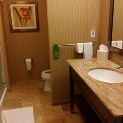 See All Hotels In Hillsboro Nd Hampton Inn And Suites Grand Forks