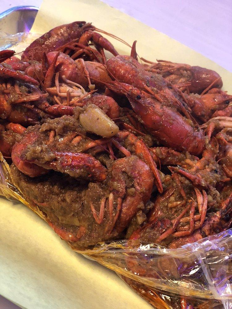 King Crab Shack: 104 N Murphy Rd, Murphy, TX